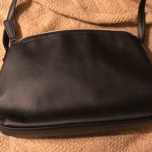 Kenneth Cole Reaction Bags - Black Kenneth Cole Reaction crossbody bag